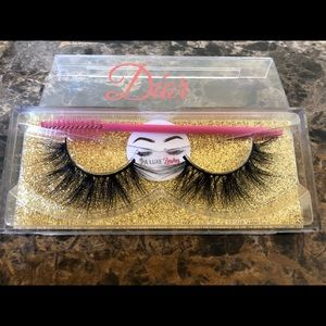 START YOUR BUSINESS 10 PAIRS OF LASHES